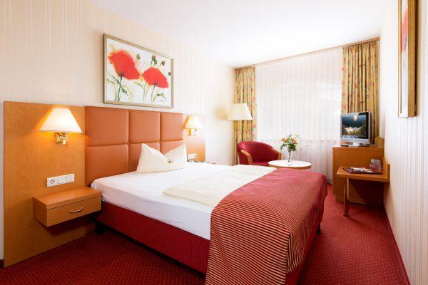 Zimmer im Centralhotel Binz – Rügen Einzelzimmer für den Kurzurlaub an der Ostseeküste online günstig buchen