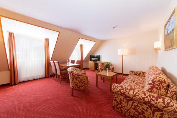 Hotel auf der Insel Rügen im Ostseebad Binz – Suite im Centralhotel an der Ostsee – strandnahe Hotelzimmer günstig buchen