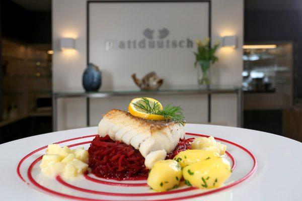 Essen auf Rügen – Restaurant und Café plattdüütsch im Centralhotel Binz