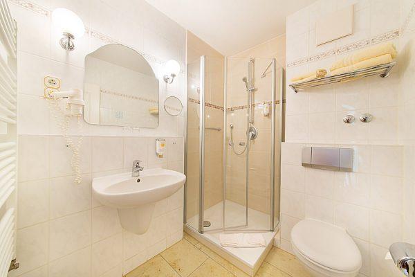 Ferienhaus-Appartements-Mona-Lisa-1-Raum-Wohnung-Binz-Ruegen