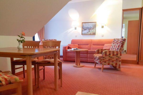 2-raum-apartment-ostseebad-binz-ruegen-villa-mona-lisa