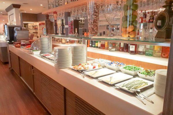 Frühstücksbüfett im Restaurant Plattdüütsch vom Centralhotel Binz auf Rügen