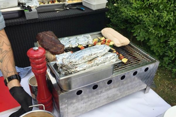 Essen vom Grill im Restaurant Plattdüütsch im Ostseebad Binz auf Rügen