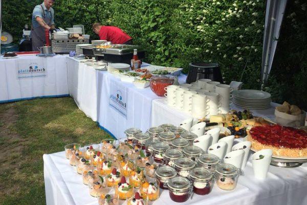 Buffet-Essen für eine Feier im Restaurant Plattdüütsch im Ostseebad Binz auf Rügen