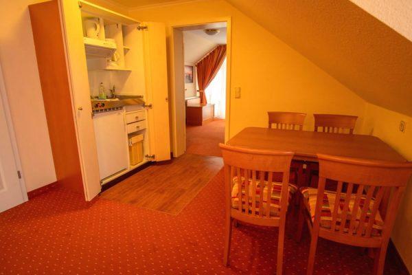 2-Raum-Apartment im Ferienhaus Villa Mona Lisa im Ostseebad Binz auf Rügen