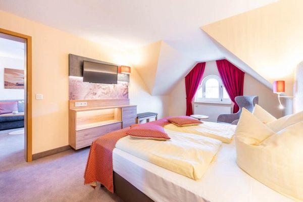 ruegen-hotel-binz-schlafzimmer-suite-centralhotel