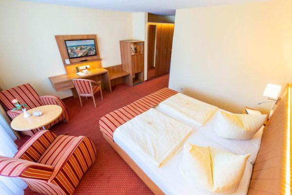zimmer-ruegen-binz-centralhotel-suite-schlafzimmer